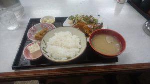 ゆたか食堂サバの味噌煮定食