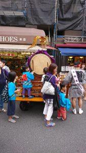 天祖神社祭り地蔵通り商店街子供太鼓