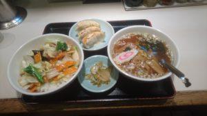 巣鴨寿楽中華丼セット