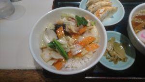 巣鴨寿楽の中華丼
