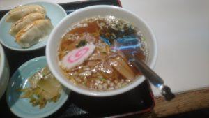 巣鴨寿楽中華丼セットラーメン