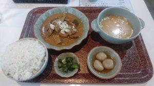 ナニコレ食堂モツ煮定食