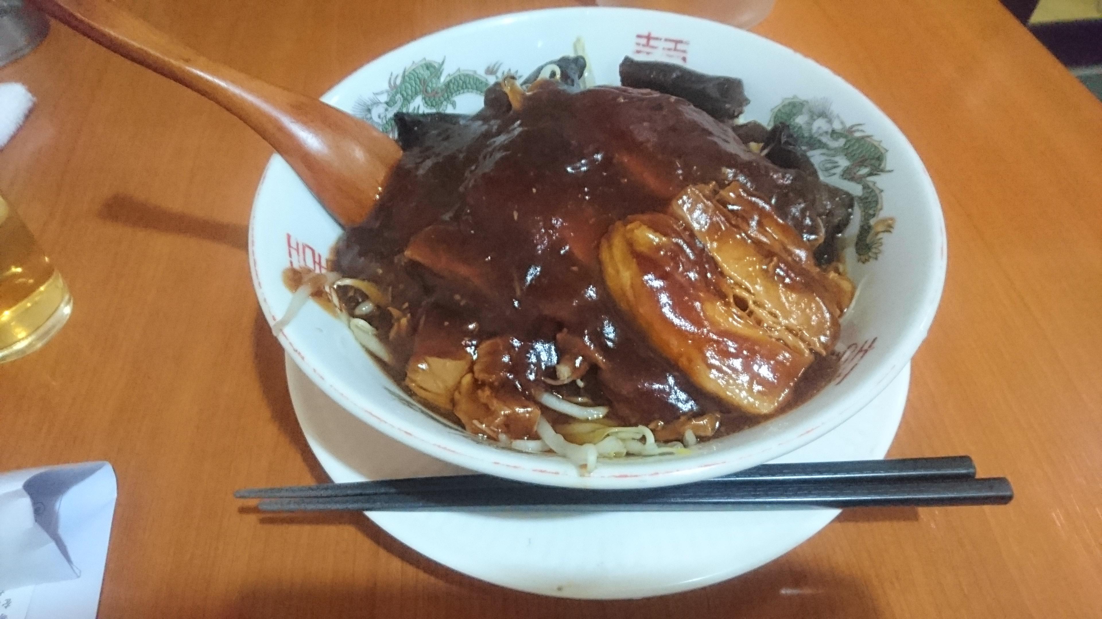 上海厨房玲玲の豚角煮そば