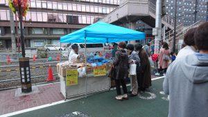 巣鴨地蔵通り商店街 10月14日の縁日お菓子麺