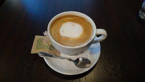 mamma Cafe Sereno カフェラテ